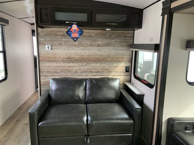 2019 Forest River Surveyor 33KFKDS 33KFKDS at Campers RV Center, Shreveport, LA 71129