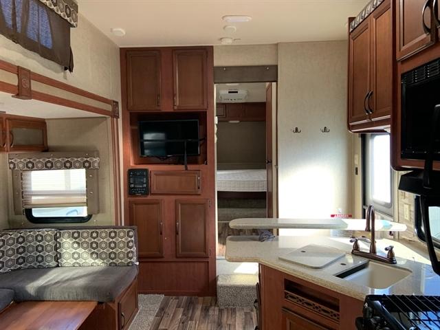 2016 Palomino Puma Unleashed 356QLB at Campers RV Center, Shreveport, LA 71129