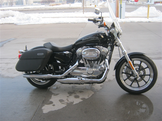2017 Harley-Davidson Sportster 883T Super Low Tour at Brenny's Motorcycle Clinic, Bettendorf, IA 52722