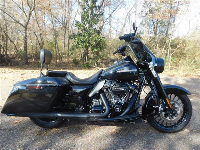 2017 Harley-Davidson FLHRXS - Road King? Special at Bumpus H-D of Collierville