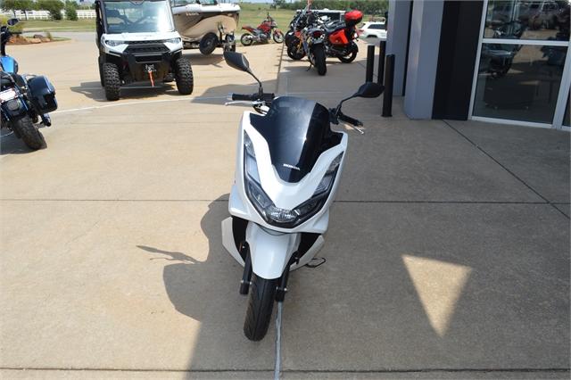 2021 Honda PCX 150 at Shawnee Honda Polaris Kawasaki