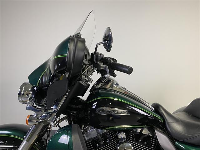 2016 Harley-Davidson Trike Tri Glide Ultra at Worth Harley-Davidson