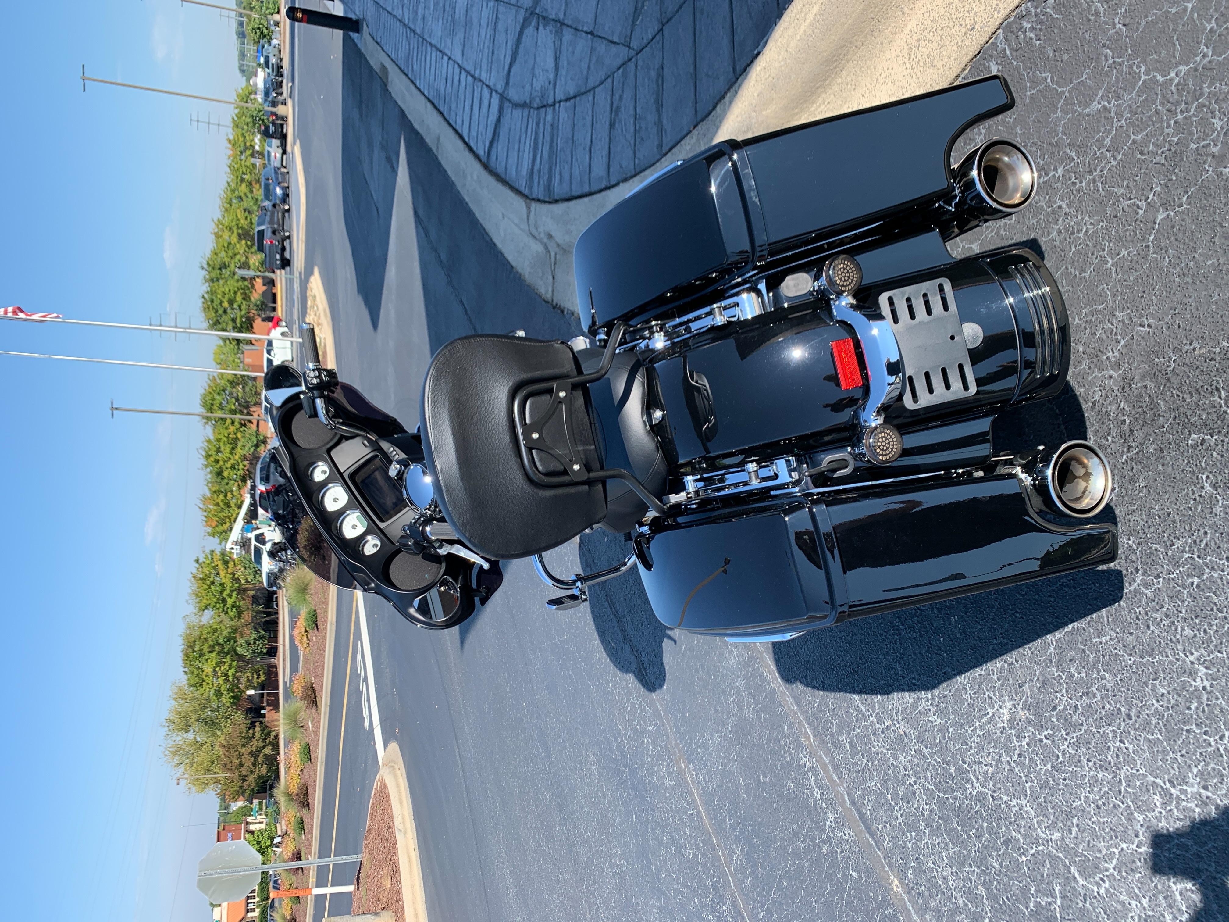 2019 Harley-Davidson Street Glide Base at Speedway Harley-Davidson