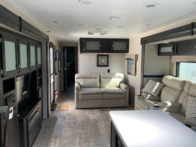 2019 Venture RV SportTrek 333VFK at Campers RV Center, Shreveport, LA 71129