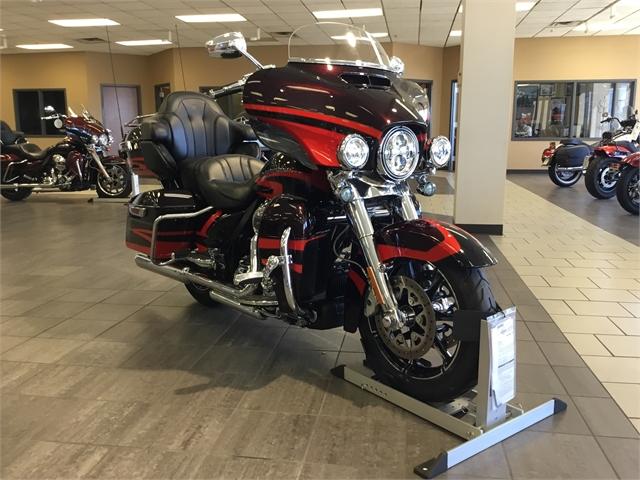 2017 Harley-Davidson Electra Glide CVO Limited at Tripp's Harley-Davidson