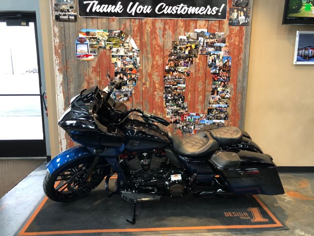 2019 Harley-Davidson Road Glide CVO Road Glide at Vandervest Harley-Davidson, Green Bay, WI 54303
