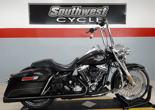 2014 Harley-Davidson Road King Base at Southwest Cycle, Cape Coral, FL 33909