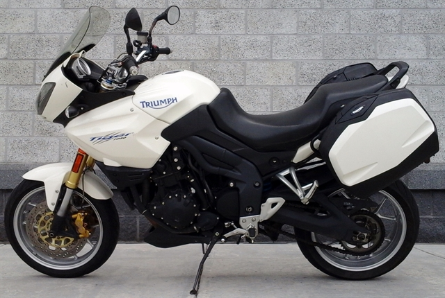 2007 Triumph Tiger 1050 at Yamaha Triumph KTM of Camp Hill, Camp Hill, PA 17011