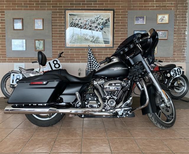 2017 Harley-Davidson Street Glide Special at South East Harley-Davidson
