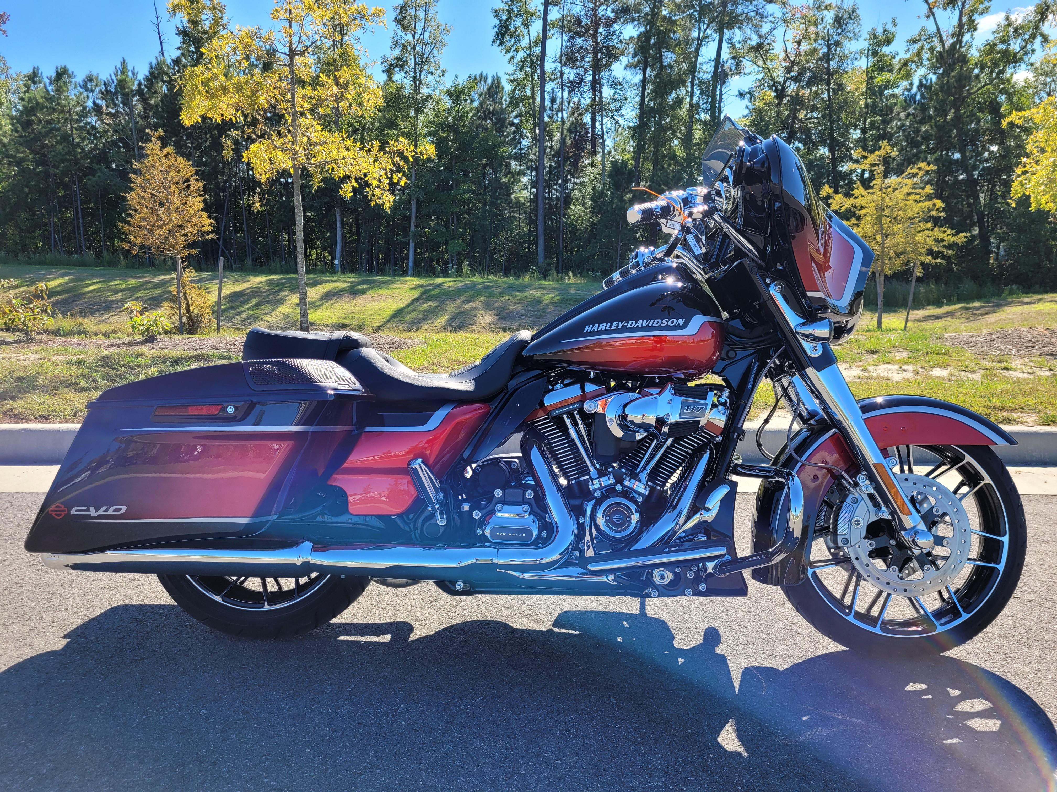 2021 Harley-Davidson Grand American Touring CVO Street Glide at Richmond Harley-Davidson