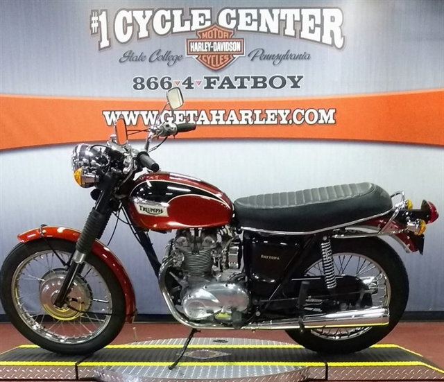 1972 TRIUMP DAYTONA at #1 Cycle Center Harley-Davidson