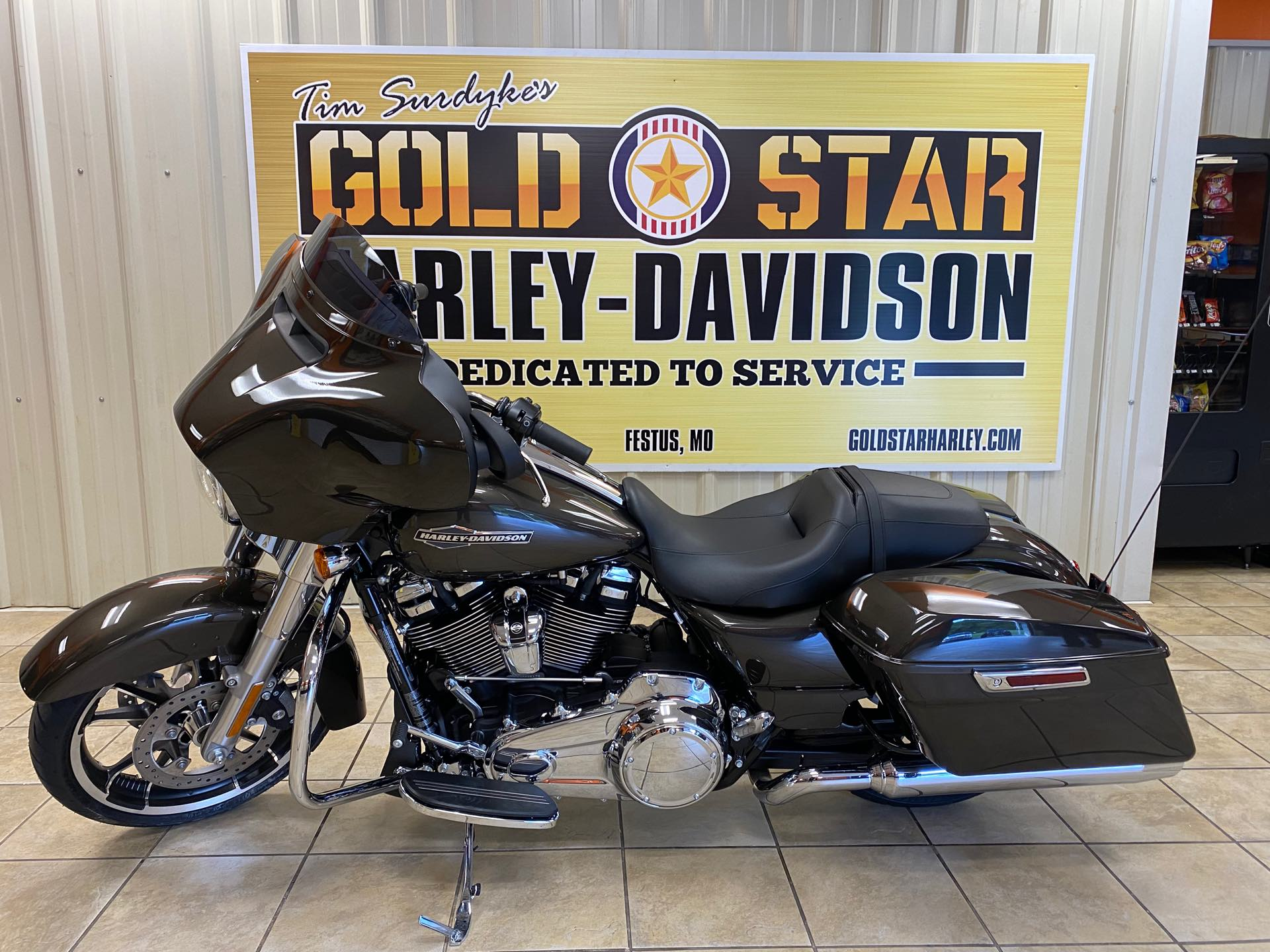 2021 Harley-Davidson Grand American Touring Street Glide at Gold Star Harley-Davidson