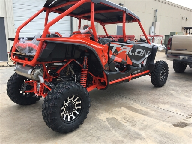 2020 Honda Talon 1000X-4 FOX Live Valve at Kent Motorsports, New Braunfels, TX 78130