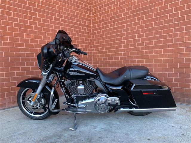 2011 Harley-Davidson Street Glide Base at Arsenal Harley-Davidson