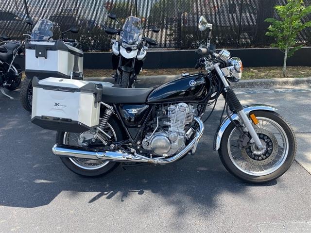 2017 Yamaha SR400 Base at Tampa Triumph, Tampa, FL 33614