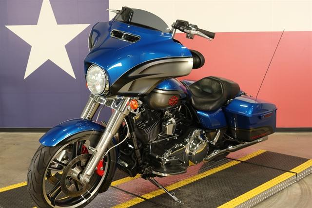 2015 Harley-Davidson Street Glide Base at Texas Harley