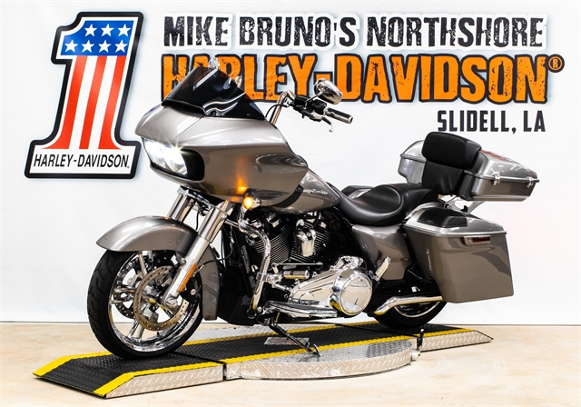 2017 Harley-Davidson Road Glide Base at Mike Bruno's Northshore Harley-Davidson