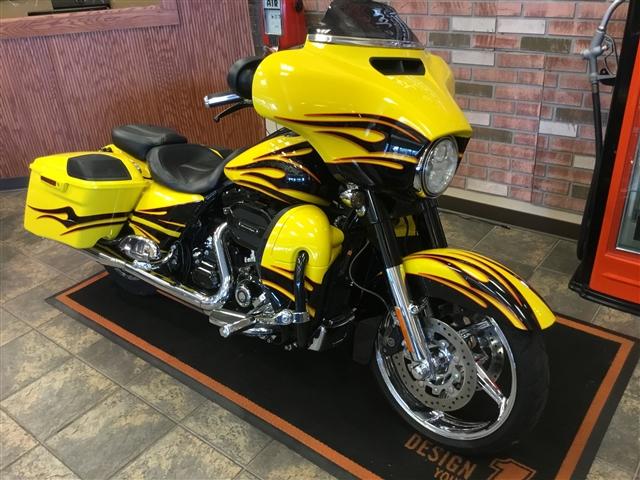 2015 Harley-Davidson CVO TOURING CVO Street Glide at Bud's Harley-Davidson