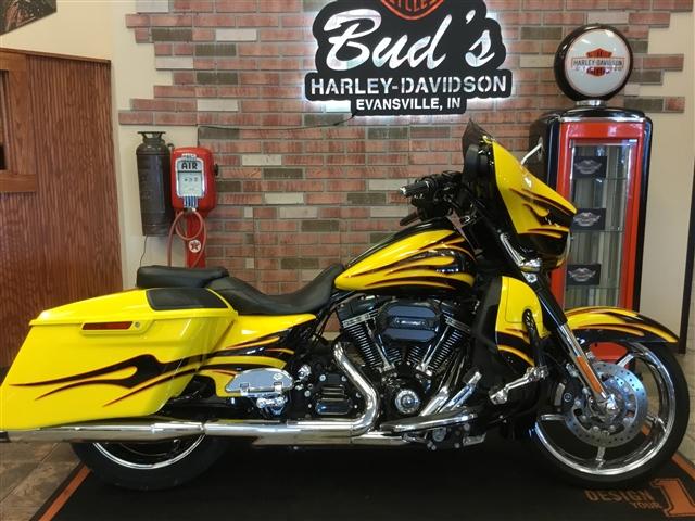 2015 Harley-Davidson Street Glide CVO Street Glide at Bud's Harley-Davidson, Evansville, IN 47715
