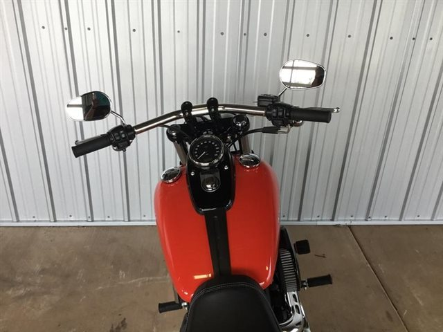 2017 Harley-Davidson Dyna Fat Bob at Calumet Harley-Davidson®, Munster, IN 46321