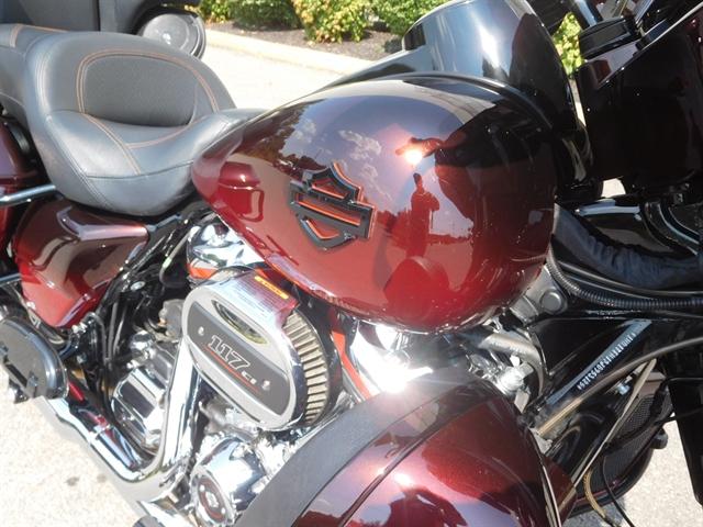 2018 Harley-Davidson Electra Glide CVO Limited at Bumpus H-D of Murfreesboro