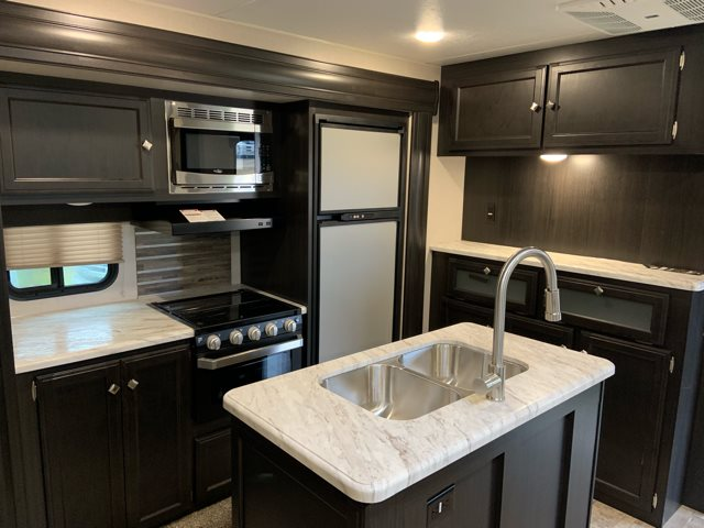 2019 Venture SportTrek 327VIK ST327VIK at Campers RV Center, Shreveport, LA 71129