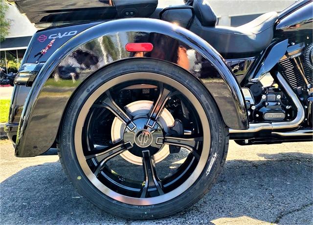 2021 Harley-Davidson Trike CVO Tri Glide Ultra at Quaid Harley-Davidson, Loma Linda, CA 92354