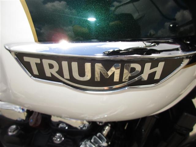 2018 Triumph Bonneville T120 Competition Green / Frozen White at Stu's Motorcycles, Fort Myers, FL 33912