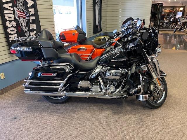 2018 Harley-Davidson Electra Glide Ultra Limited at Carlton Harley-Davidson®