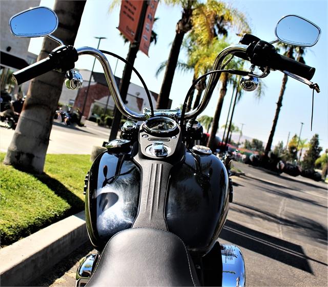 2017 Harley-Davidson Dyna Street Bob at Quaid Harley-Davidson, Loma Linda, CA 92354