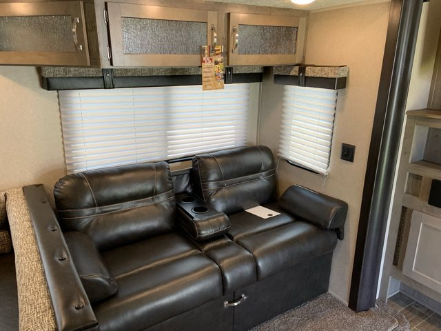 2020 Palomino Puma 32BHDB at Campers RV Center, Shreveport, LA 71129