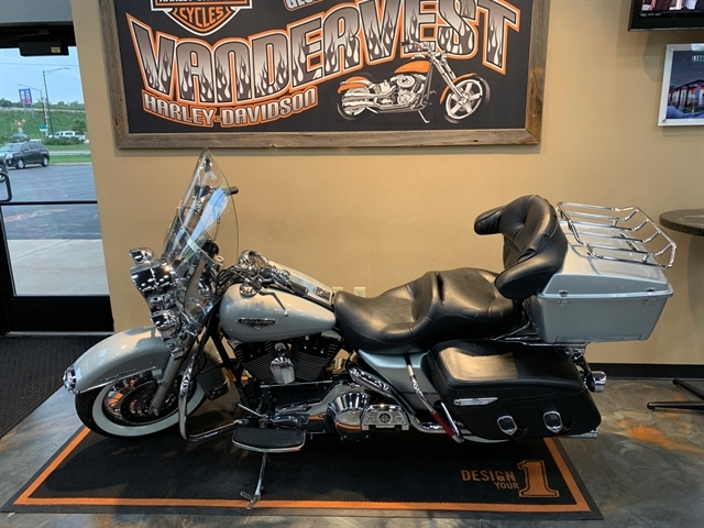 2006 Harley-Davidson Road King Classic at Vandervest Harley-Davidson, Green Bay, WI 54303