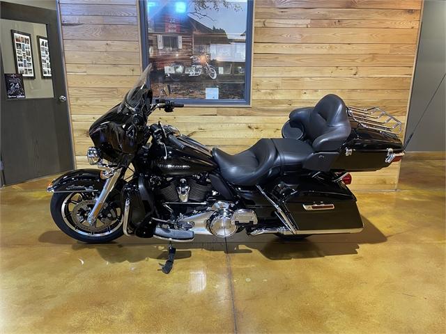 2019 Harley-Davidson Electra Glide Ultra Limited at Thunder Road Harley-Davidson