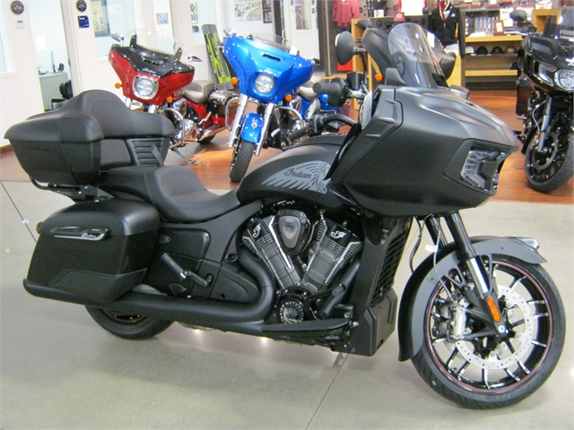 2021 Indian Motorcycle Challenger Dark Horse with Trunk at Brenny's Motorcycle Clinic, Bettendorf, IA 52722