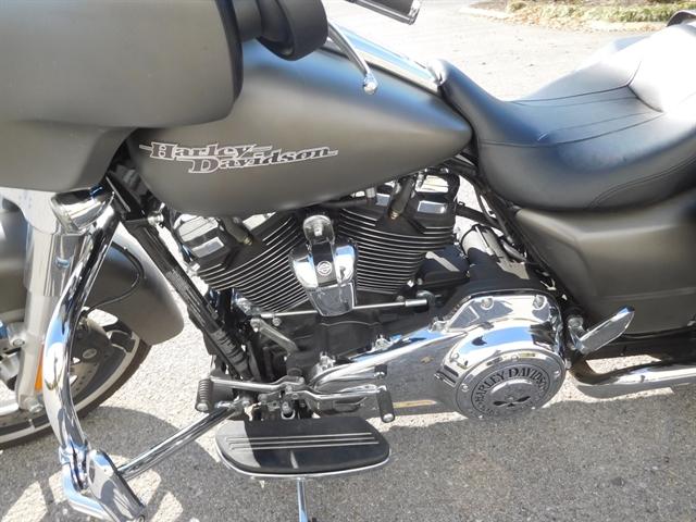 2018 Harley-Davidson Street Glide Base at Bumpus H-D of Murfreesboro