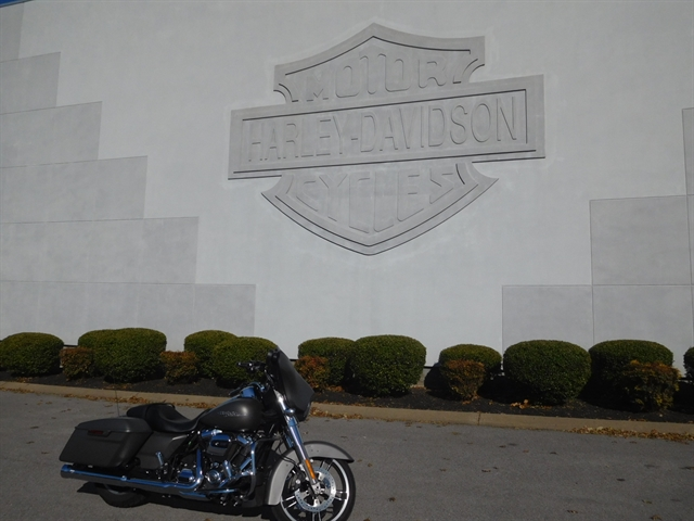 2018 Harley-Davidson Street Glide Base at Bumpus H-D of Murfreesboro