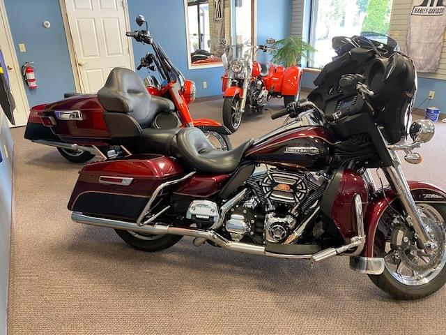 2014 Harley-Davidson Electra Glide Ultra Classic at Carlton Harley-Davidson®