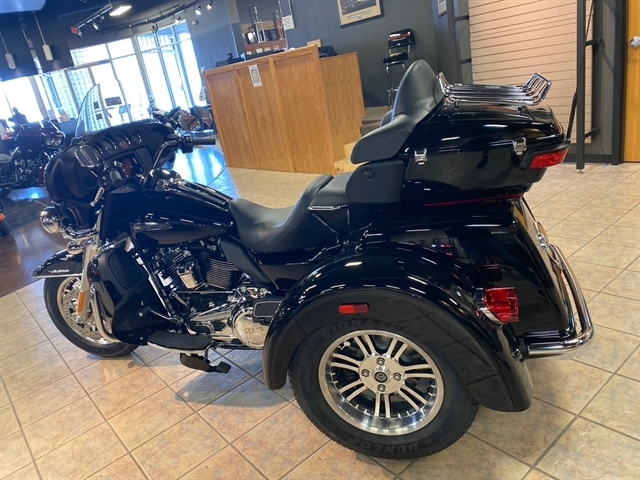 2020 Harley-Davidson Trike Tri Glide Ultra at Bumpus H-D of Jackson