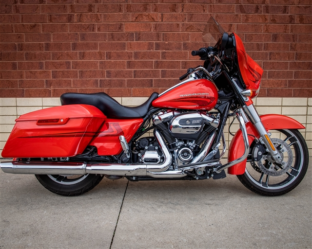2017 Harley-Davidson Street Glide Special at Harley-Davidson of Fort Wayne, Fort Wayne, IN 46804