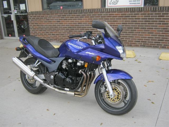 2002 Kawasaki ZR7S at Brenny's Motorcycle Clinic, Bettendorf, IA 52722