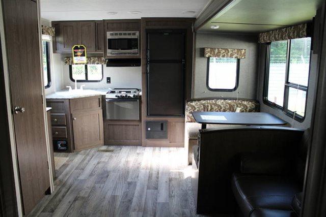 2018 Keystone RV Hideout LHS 258LHS Rear Kitchen at Campers RV Center, Shreveport, LA 71129