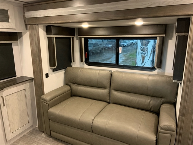 2020 Keystone Montana High Country 373RD at Campers RV Center, Shreveport, LA 71129