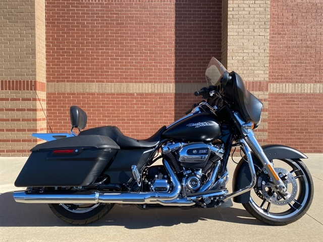 2017 Harley-Davidson FLHX at Harley-Davidson of Macon
