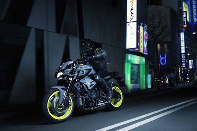 2018 Yamaha MT 10 at Youngblood RV & Powersports Springfield Missouri - Ozark MO