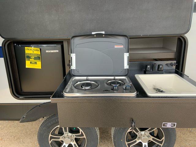 2019 Venture SportTrek ST251VRK Rear Kitchen at Campers RV Center, Shreveport, LA 71129
