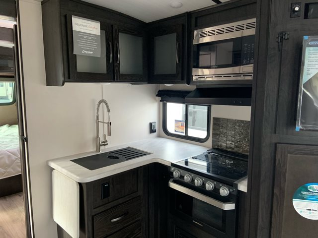 2019 Forest River Surveyor Luxury 271RLS Rear Living at Campers RV Center, Shreveport, LA 71129