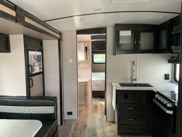 2019 Forest River Surveyor Luxury 271RLS 271RLS at Campers RV Center, Shreveport, LA 71129