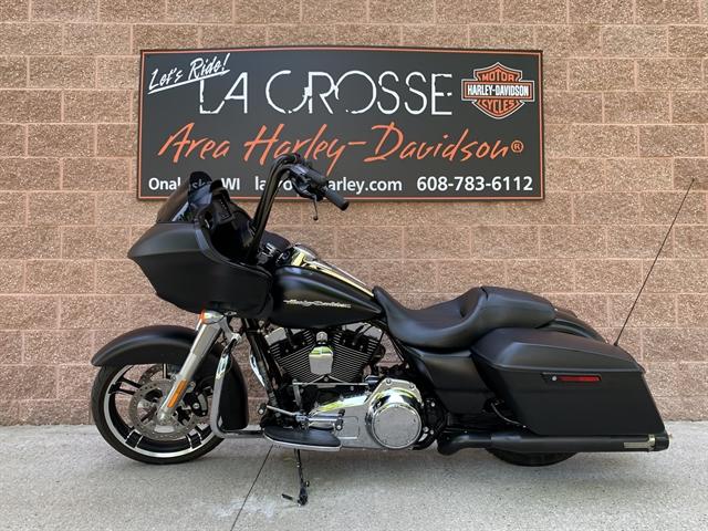 2015 Harley-Davidson Road Glide Base at La Crosse Area Harley-Davidson, Onalaska, WI 54650