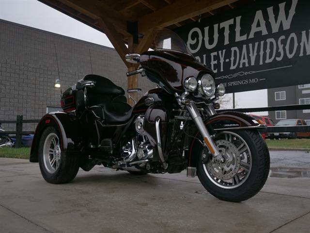 2011 Harley-Davidson Trike Tri Glide Ultra Classic at Outlaw Harley-Davidson