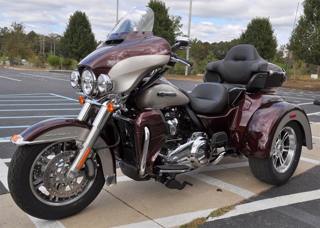 2018 Harley-Davidson Trike Tri Glide Ultra at All American Harley-Davidson, Hughesville, MD 20637